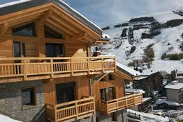 Chalet Grizzly